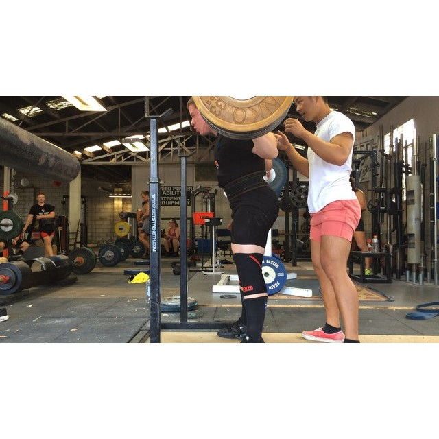 Heres @wrotthweiler nailing a very clean 210x2. Warren's been experiencing some hip pain from his previous hip dominant squat style. We've been working on shifting the load forward onto his quads, increasing knee break and knee tracking. As a result, load is distributed more evenly between the knees and hips, torso positioning is more stable, depth is achieved easier and he looks a tonne more powerful. Warren looks on track to hit some big numbers at Getstrength Inhouse this saturday!