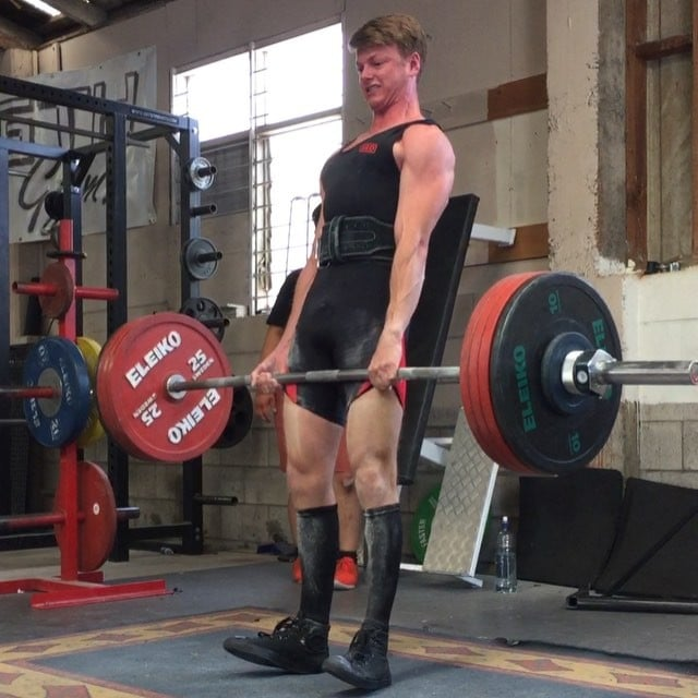 @sam_pettett about to take flight with his 200kg but just manages to hang on