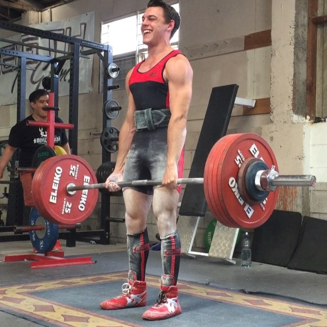 @aphinity finally cracks 240kg in comp! Check out that speed off the ground