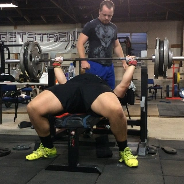 @armadylgodsword smokes a new PR of 152.5kg after his little break from overseas!