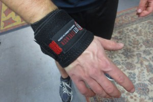 Wrist Wrap for Injury How and Why to use Wrist WrapsHow and Why to use Wrist Wrapswristwrap1