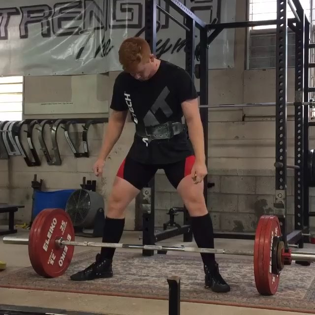Ed Sheeran strikes again! New deadlift PR of 182.5kg on eleiko gear. Looks like he was just about to bust into song at the end but unfortunately the video cut out  @edsheeranpowerlifter @edsheeran