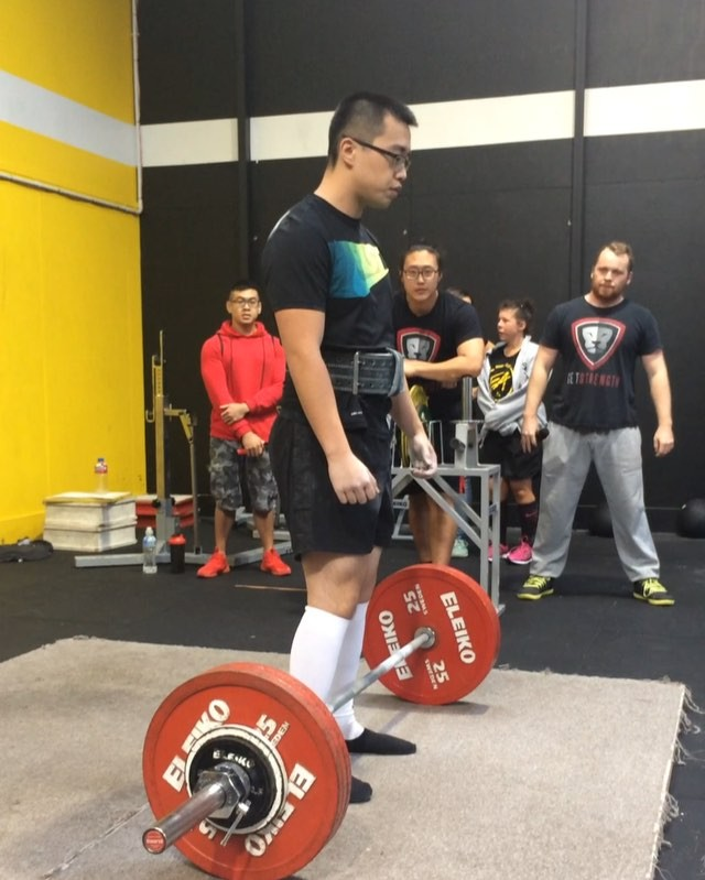Alex Lim finishing off strong with a 190kg deadlift. This is a 5kg PR for him and he finishes 8/9 with a 450kg total!