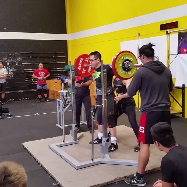 Alex Lim with a 3rd attempt squat of 165kg. This equal to Alex's lifetime PR so definitely more in the tank for next time