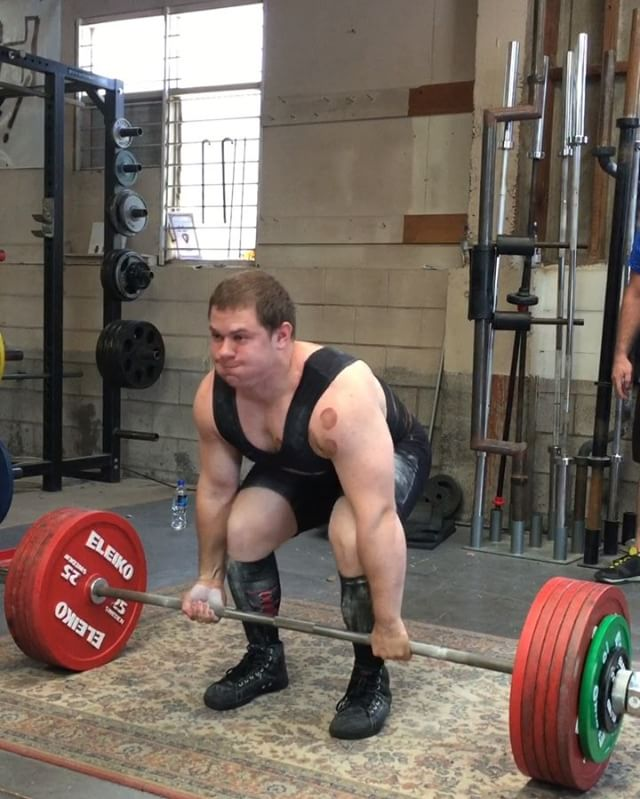 @wrotthweiler with a 300kg pull at 101kg bw! Warren is the 4th member at Getstrength to pull 300kg's. @obsidianstrength we're coming for you! @wrotthweiler with a 300kg pull at 101kg bw! Warren is15624991 670749293096478 9129256968253341696 n